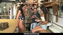 Amateur Lets The Pussy Talk 3