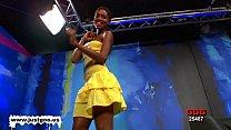 Gorgeous Ebony Babe Zara Gets Pou
