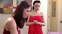 Lesbian babe facesitting her stepsis's Thumb