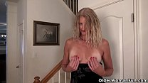 alleta ocean porn ◦ american milf lauren gets aroused easily in her pantyhose thumbnail