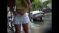 Jovencita en minifalda's Thumb