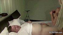 Normaler Typ von der Strasse darf einen Pornostar ficken Vorschaubild