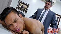 Super cute Jap twink knows how to pleasure his sexy boss