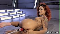 Inked ebony babe rubs pussy before toying Vorschaubild