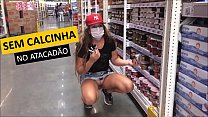Kellenzinha showing off at the wholesaler with her husband by the side - exhibitionism in a public place - complete on RED