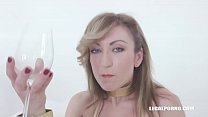 11127 Julia North loves african champagne IV371 preview