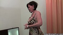 Curvy mature mom in stockings toying hairy pussy pornhub video