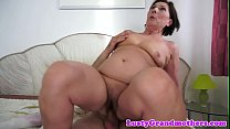 Dicksucking gilf loves getting pounded