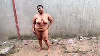 Beauty Bbw Walks Absolutely Naked And Fucked in The Site