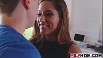 Hot mom handjob صورة