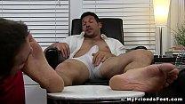 Hunk Leo Giamani wanks off to sight of toe sucking pornhub video
