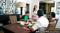 Brazzers - Milfs Like it Big - Kendras Thanksgiving Stuffing scene starring Kendra Lust and Jordi El pornhub video