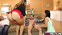 Penelope Reed bouncing off her hairy pussy on top
