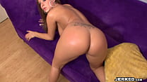 BBT - August Night shows off her body and fucks tumblr xxx video