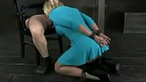Big butt MILF chained to table and double fucked Vorschaubild