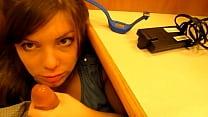 A mi secretaria le encanta la pija thumb