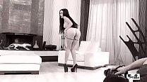 HER LIMIT - Sexy Russian brunette Sasha Rose takes brutal pussy and ass drilling Vorschaubild