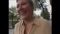 Mature Granny gets fucked la vieja de las compra thumbnail