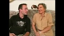 Mature Granny gets fucked la vieja de las compra