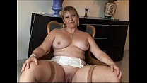 alicia brévin MILF française aux gros seins en ... Thumbnail