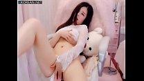 Beautiful chinese girl masturbate on webcam thumbnail