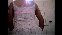 Cdzinha LimaSp-Punhetando de vestido bc calcinha tanguinha cinza e soutien Salmao maio 2018