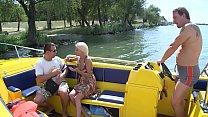 Vom besten Freund die Frau gefickt auf einem Boot Thumbnail