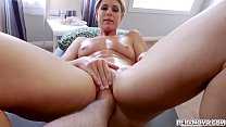 Lucky stepson gets to taste her stepmoms milf pussy and fuck her like a spreadeagle! Thumbnail