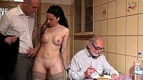 Vecchio pappone fa prostituire la sua badante. ...