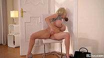 Blonde Nympho Sandra Star Finds Glory Hole in t...