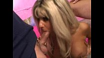 blonde milf Vicki handles 2 cocks