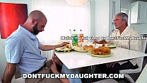 DON'T FUCK MY DAUGHTER - Teen Alyssa Cole Fucks Daddy's Friend صورة