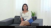 HER LIMIT - Hardcore anal fingering and drilling with Loren Minardi Vorschaubild