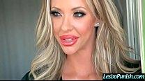 Hot Lesbian (Charlotte Stokely & Courtney Taylor& Get Sex Toys Punish By Mean Lesbo video-03 Vorschaubild