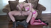 Big booty blonde Heidi Mayne bounces wildly on thick shaft