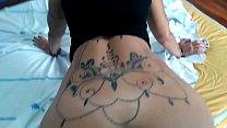 Dando para o tatuador, ganhei uma tatuagem. Com Melissa Devassa