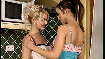 Эротика красивых полных лезбиянок