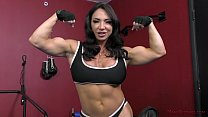 Free download video bokep The Muscle Queen Brandi Mae Trains a Bitch to Worship Her - Femdom