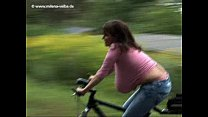 Milena Velba - bicycle video