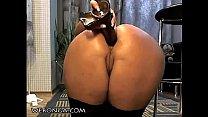 sweet babe masturbating pussy on webonga.com