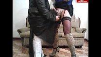 18189 Gordita madura excita a su amiga trava con su tapado de cuero preview