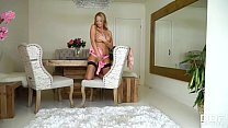 Must-see pussy and clit masturbation with curvy bombshell Stacey Saran thumbnail