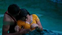 Lovers hot romance in swimming pool video