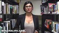 Here is Mia Khalifa's sexy body up close... I h...