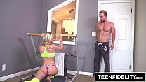 TEENFIDELITY - Dakota Skye Gets Her Tiny Teen Ass Stretched Out - 9Club.Top
