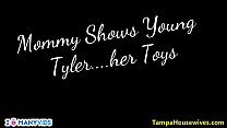 Mommy Shows Young Tylet Her Toys - 9Club.Top