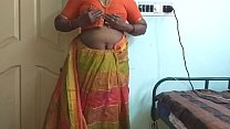 Indian desi maid forced to show her natural tits to home owner ภาพขนาดย่อ
