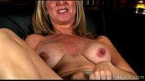 Beautiful busty old spunker fucks her fat juicy pussy 4 u Vorschaubild