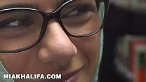 15622 MIA KHALIFA - Lebanese Queen Removes Her Hijab And Clothes In A Public Library preview