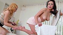 Luscious leggy lesbians Nicole Love & Rebecca Black lick & suck their toes